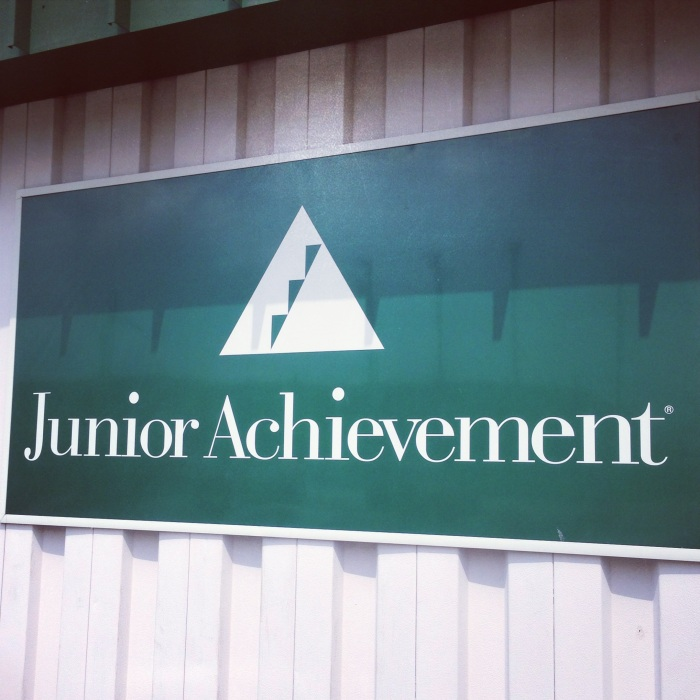 Impact 52 volunteers with Junior Achievement