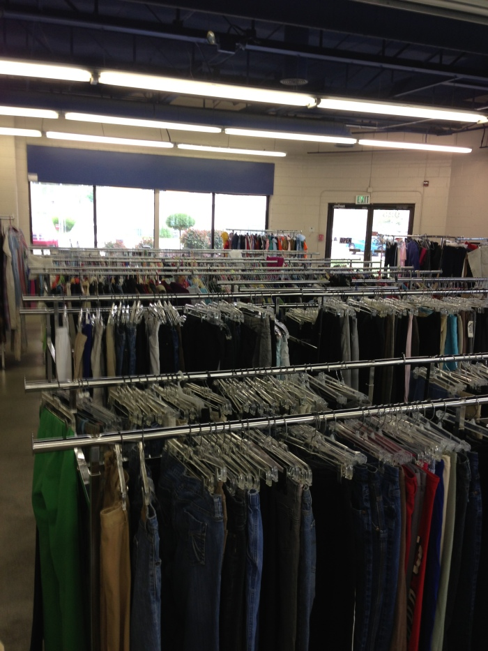 Impact 52 volunteers at a thrift store